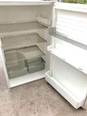 Zu verschenken AEG Einbau-Kühlschrank ohne