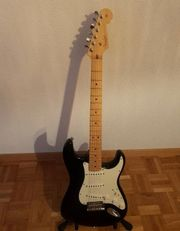 Fender Stratocaster Gitarre made in