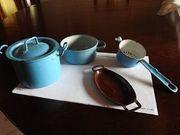 Blau- braunes Puppenküchen-Emailgeschirr 4tlg aus