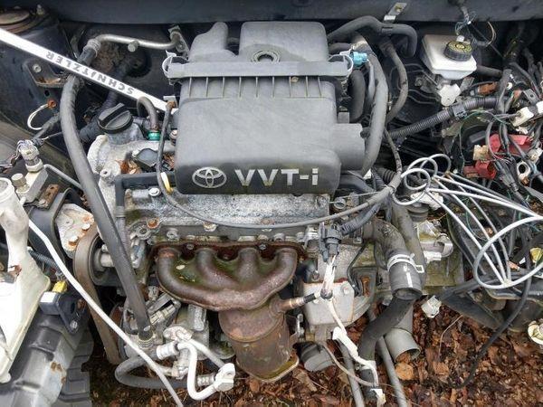 Toyota Yaris VTI Motor 2006