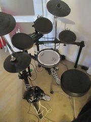 Roland TD4 Schlagzeug