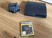 PlayStation 3 Slim 300GB Ladestation