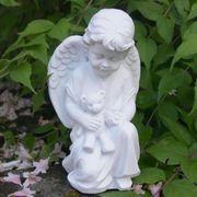 Kindergrab Sternenkind kleiner Engel mit
