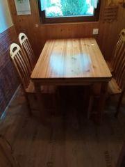 Kieferesstisch mit 6 Stühlen