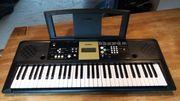Keyboard Yamaha PSR-E223 YPT-220