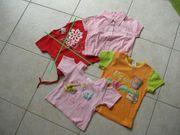 2 T-Shirts und 1 Bluse