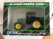 1 32 Ertl John Deere