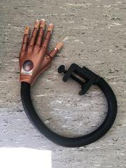 übungshand nail art Trainer