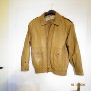 Neuwertige Jacken Damen und Herren