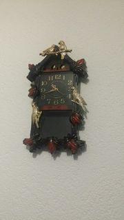 Verkaufe eine sehr schöne Wanduhr