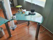 Glasschreibtisch - Home Office MUST HAVE