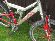 Fahrrad 26 voll gefedert Neu