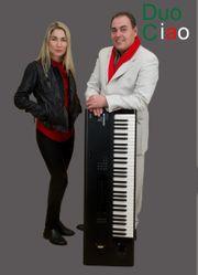 Italienisch duociao Internationale live musik