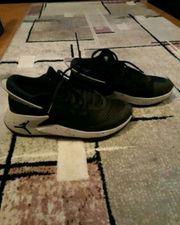 Sneakers Schuhe von Jordan gr