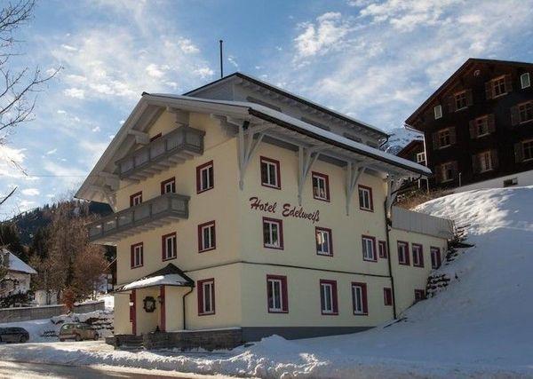 Winter - und Sommerurlaub im Hochmontafon