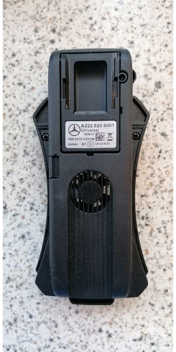 Mercedes Universelle Aufnahmeschale A2228206401 Smartphone
