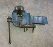 Schraubstock Stahl Titan 16 kg