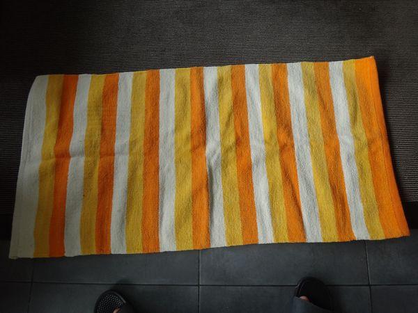 Teppiche orange Weiß