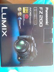 Panasonic FZ200