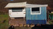 Wohnwagen mit festem Vorzelt Umbaut