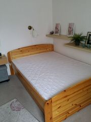 Doppelbett mit Lattenrost Matraze