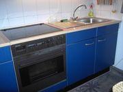 Küchenzeile mit E-Herd Dunstabzug und