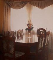 Es Tisch mit 6 Stühle