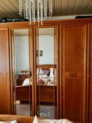 Komplettes Schlafzimmer Italienische Markenmöbel von