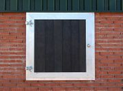 123 Fensterladen Pferdestall Pferdebox Stallfenster