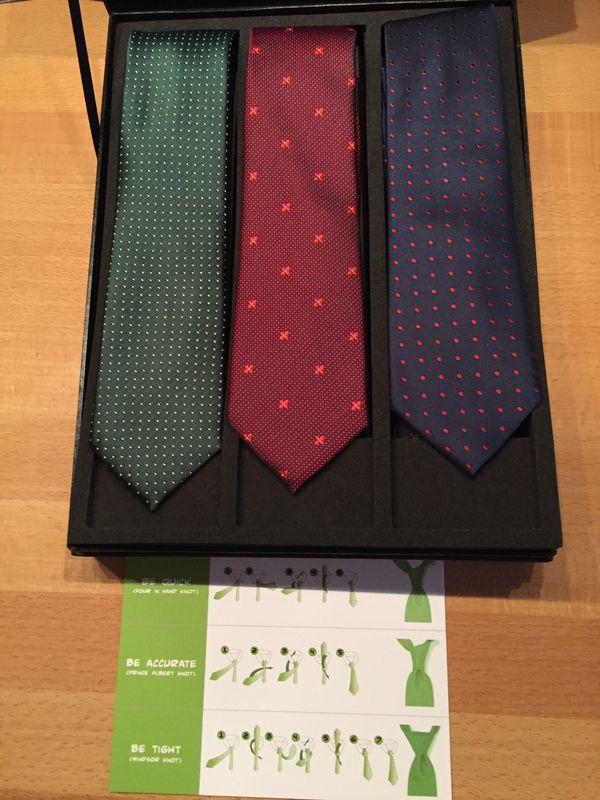 Klassische Krawatte in grün rot
