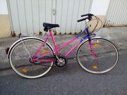 Fahrräder zu verkaufen gegen Gebot