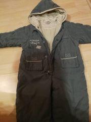 Schnee-Anzug