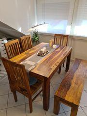 Esstisch 4 Stühle und eine