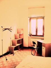 Zimmer in vollmöblierter 3er-Studenten-WG