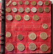 Album mit Kleinmünzen aus aller