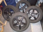 Winterkompletträder LM-Felgen schwarz zu verkaufen