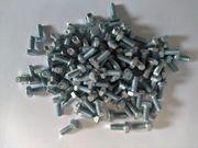 100 Sechskant Stellschraube Stahl verzinkt