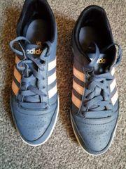 Adidas Schuhe für Kinder in Dortmund Brackel | Gebrauchte