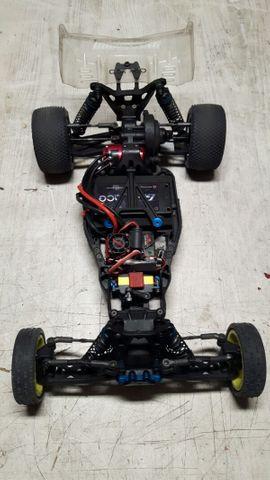 Team Associated B5M Rennstall: Kleinanzeigen aus Feldkirch - Rubrik RC-Modelle, Modellbau