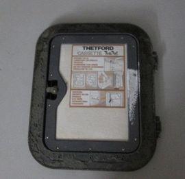 Zubehör und Teile - Thetford WC Service Tür 01