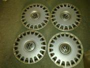 4 Original VW Radkappen 15