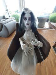 Halloween Horror Puppe mit Licht