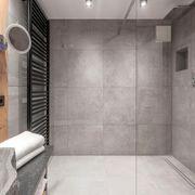begehbare Dusche Badsanierung Badezimmer Fliesenverlegung