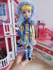 Ever AFTER HIGH Winter Blondie