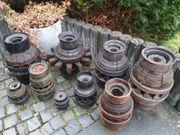 Antik 9 Historische Radnaben vom