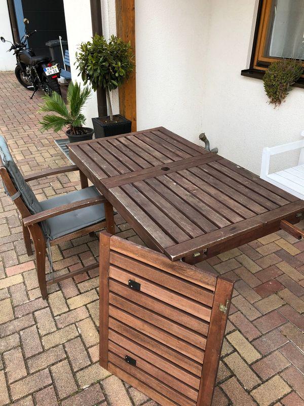 Gartentisch Holz Mit 6 Stühlen Gebraucht Und Sitzauflagen Grau In