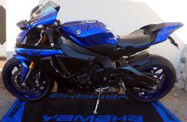 Yamaha über 500 ccm - Yamaha R1 rn49