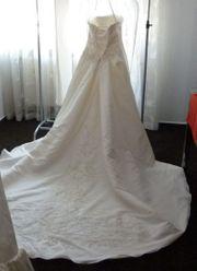 Brautkleid in Ivory von Eddy