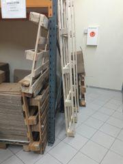 Holzpaletten Holz Brennholz zu verschenken
