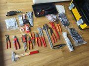 Werkzeugkoffer NEU inkl neuem Werkzeug